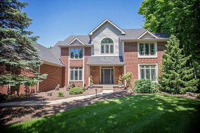 indianapolis Single Family Home For Sale: 11698 Woods Bay Lane