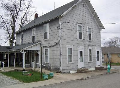 New Palestine Single Family Home For Sale: 11 East Mill Street
