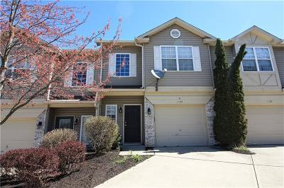 Indianapolis Condo/Townhouse For Sale: 1105 Evening Shade Circle