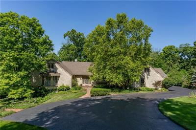 Indianapolis Single Family Home For Sale: 8102 Bramwood Court