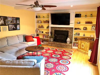 Noblesville Single Family Home For Sale: 107 Maplewood Drive