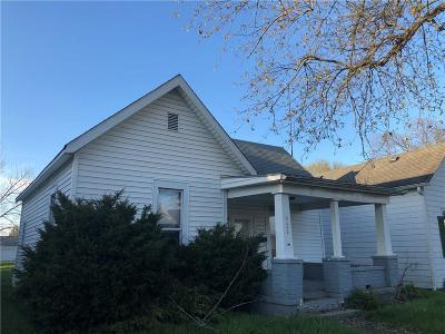 Shelbyville Single Family Home For Sale: 526 West Taylor Street