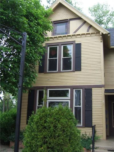 Wayne County Multi Family Home For Sale: 114 West Main Street