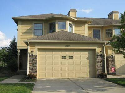 Fishers Condo/Townhouse For Sale: 13795 East Voyager Drive