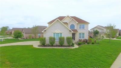 Greenwood Single Family Home For Sale: 3821 Shady Pointe Row