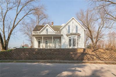 Owen County Multi Family Home For Sale: 18 West Greencastle Avenue