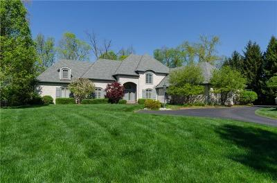 Indianapolis Single Family Home For Sale: 8072 Hollybrook Court