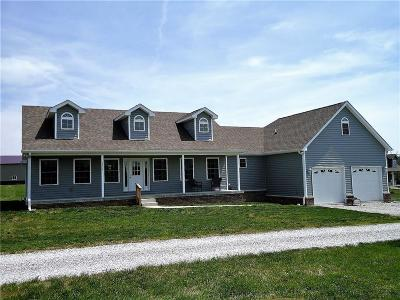 Danville Single Family Home For Sale: 2226 State Road 236
