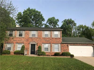 Indianapolis Single Family Home For Sale: 11350 Geist Bluff Court