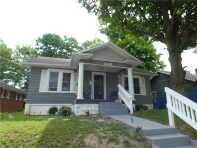 Henry County Single Family Home For Sale: 1126 South Main Street