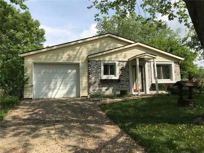 Indianapolis Single Family Home For Sale: 3128 Pawnee Court