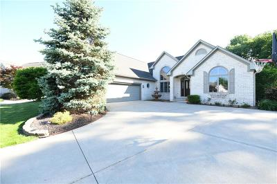 indianapolis Single Family Home For Sale: 7526 Peach Blossom Place