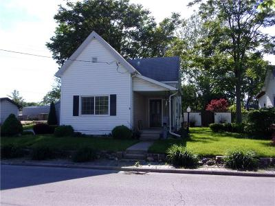 Elwood IN Single Family Home For Sale: $82,900