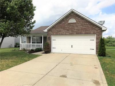 Marion County Single Family Home For Sale: 3037 Knobstone Lane