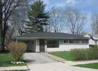 Indianapolis Single Family Home For Sale: 4908 Karen Drive