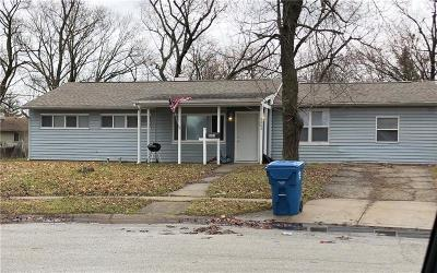 Indianapolis Single Family Home For Sale: 5003 Karen Drive