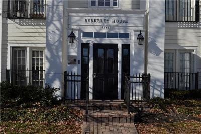Carmel Condo/Townhouse For Sale: 12860 University Crescent #3B