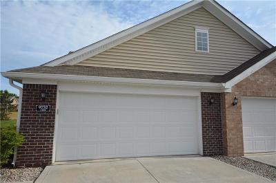 Fishers Condo/Townhouse For Sale: 9732 Highpoint Ridge Drive #104