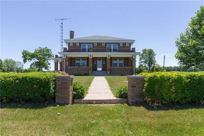 Rushville Single Family Home For Sale: 3861 East 900 Road N