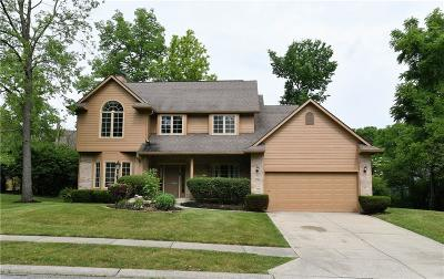 Indianapolis Single Family Home For Sale: 9066 Pinecreek Way