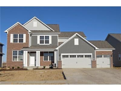 Fishers Single Family Home For Sale: 15959 North Shadow Lands Drive