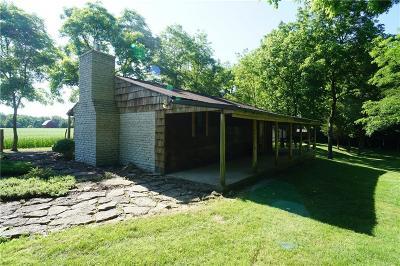 Franklin County Single Family Home For Sale: 16070 Feller Road