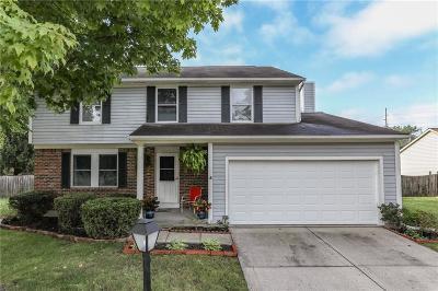 Indianapolis Single Family Home For Sale: 8268 Castle Ridge Lane