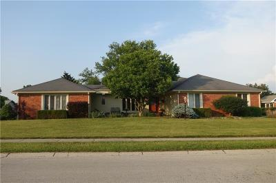 Carmel Single Family Home For Sale: 4881 Essex Drive