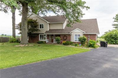 Fairland Single Family Home For Sale: 315 North Hickory Lane