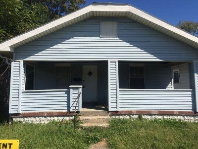 Indianapolis Single Family Home For Sale: 2627 Shriver Avenue