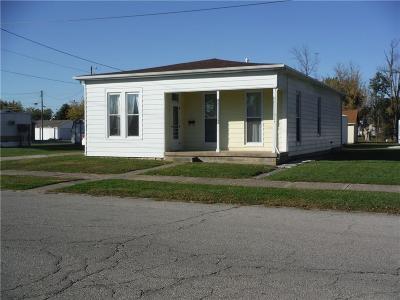 Single Family Home For Sale: 526 West Washington Street