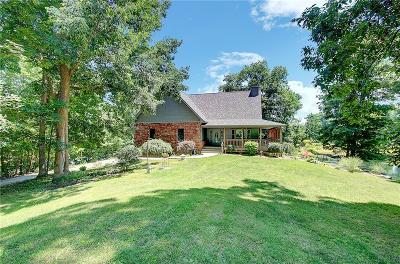 Martinsville Single Family Home For Sale: 455 Rolling Hills Drive
