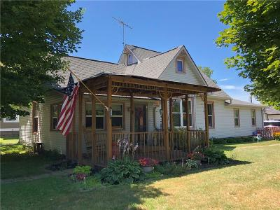 Mooresville Single Family Home For Sale: 106 South Monroe Street
