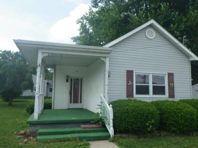 Elwood IN Single Family Home For Sale: $44,000