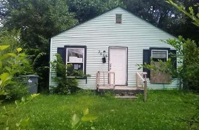 Indianapolis Single Family Home For Sale: 3509 Caroline Avenue