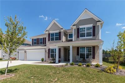 Noblesville Single Family Home For Sale: 10149 Pepper Tree Lane