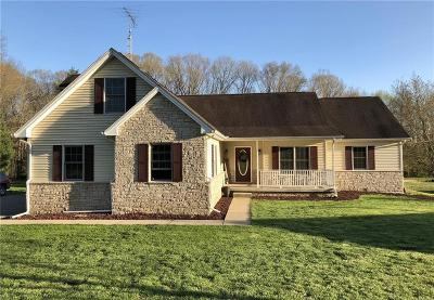 North Vernon Single Family Home For Sale: 1645 East County Road 400 N
