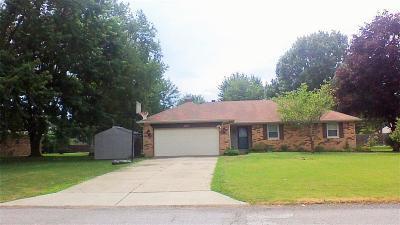 Avon Single Family Home For Sale: 1570 Locust Lane