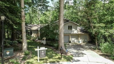 Zionsville Single Family Home For Sale: 140 Bennington Drive
