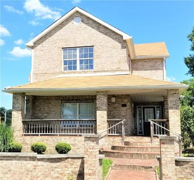 Indianapolis Single Family Home For Sale: 1817 North Bellefontaine Street