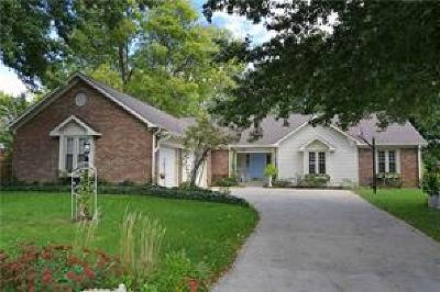 Fishers Single Family Home For Sale: 10111 Sea Star Way