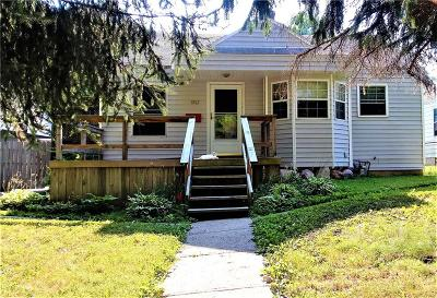 Indianapolis Single Family Home For Sale: 1813 North Linwood Avenue