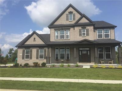 Zionsville Single Family Home For Sale: 11176 Glen Avon Way