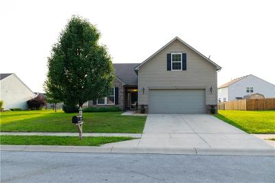 Avon Single Family Home For Sale: 1562 Rosewood Drive