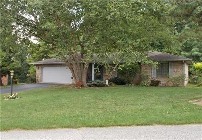 North Vernon Single Family Home For Sale: 19 Dallas Drive