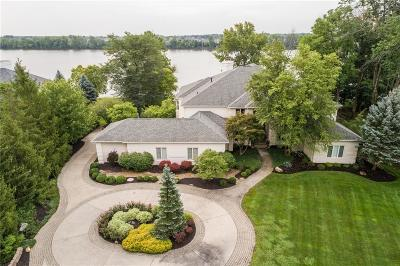 Fishers Single Family Home For Sale: 339 Breakwater Drive