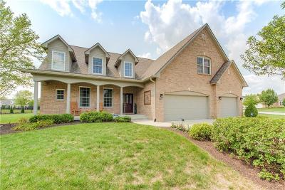 Indianapolis Single Family Home For Sale: 7685 Old Hickory Court