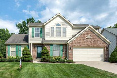 Fishers Single Family Home For Sale: 10985 Fairway Ridge Lane