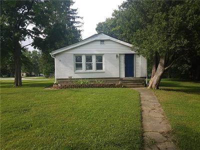 Indianapolis Single Family Home For Sale: 7502 Southeastern Avenue