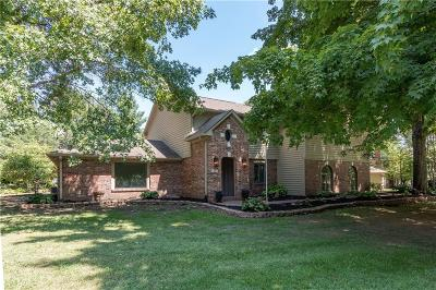 Brownsburg Single Family Home For Sale: 46 Ridgeway Drive